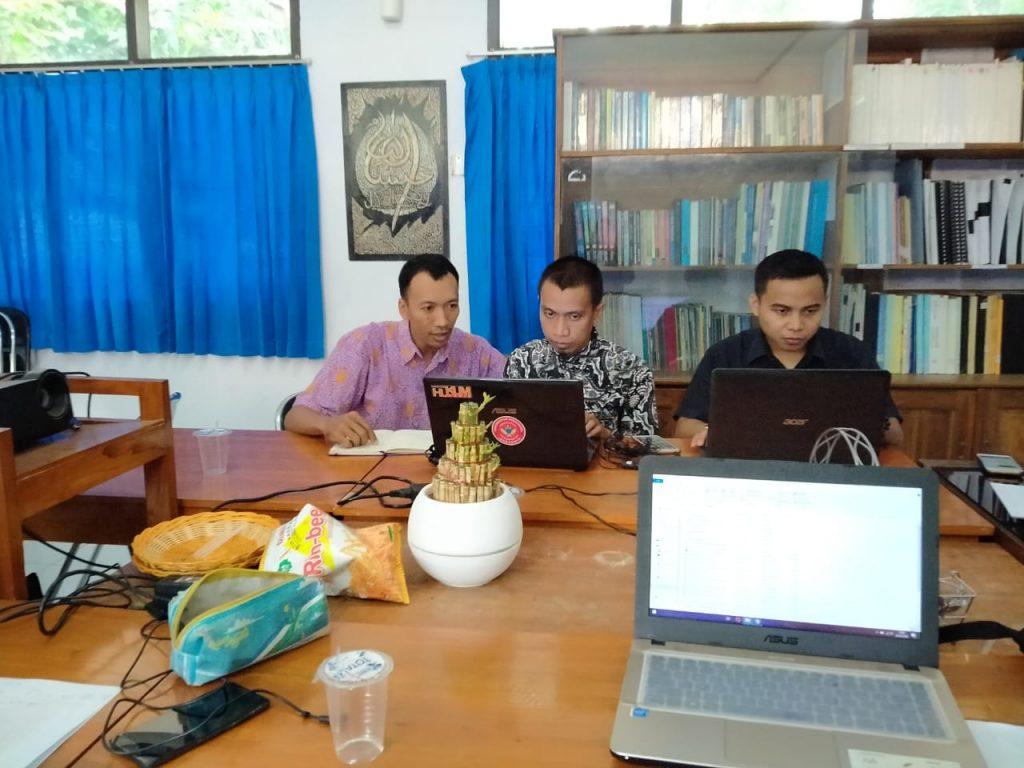 Tim Jurnal Yustitia Fakultas Hukum Unwir